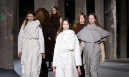 Estudio sobre la Fashion Week propone que la moda esté disponible enseguida